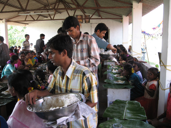 Soup Kitchen, Vangayaguem